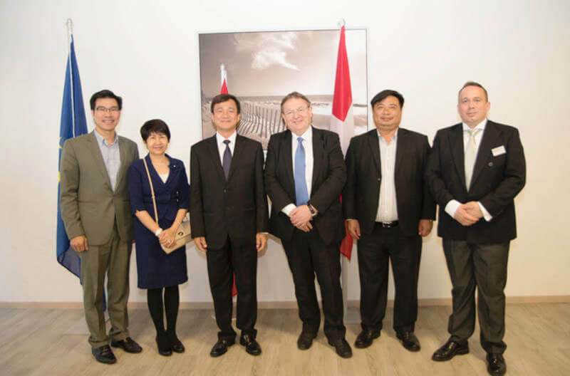 B.H.M.S. Lucerne: Partnership with Ton Duc Thang University Vietnam
